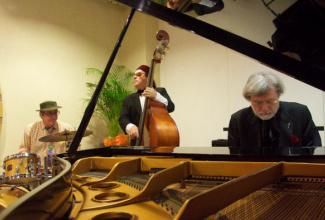 Swingando (Sweet jazz project)