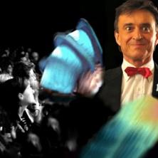 Unterhaltungskünstler Zauberer Geraldino