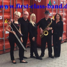 FIRST CLASS PARTYBAND Top Partymusik Live