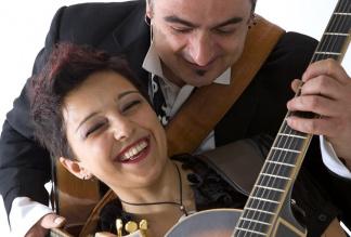 Simona e Paolo Jazz duo `Beatbop`