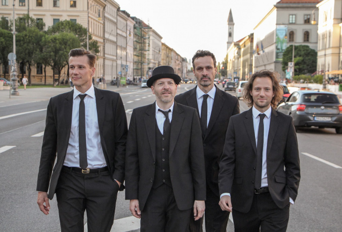 Band Buchen München The Rocky Racoons
