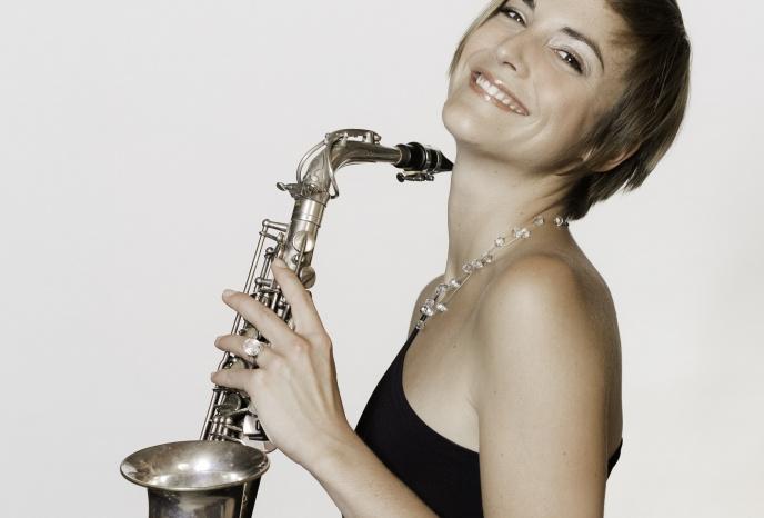 Firmenfeier Köln Julia Sax - solo performance