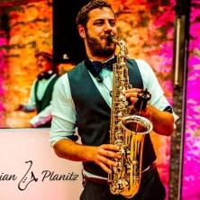 Unterhaltungskünstler Adrian - Live Saxophone Performance