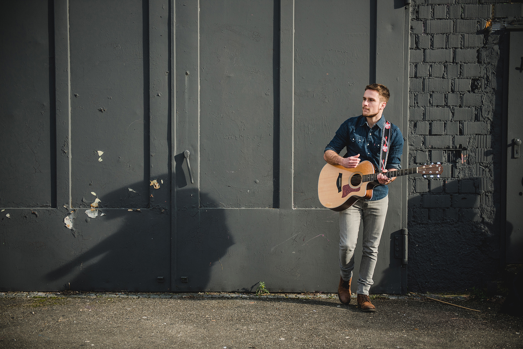PAUL CLAYTON - Singer Songwriter picture