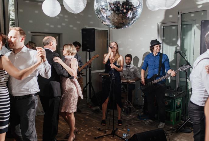 Firmenfeier Nuernberg Tamara Stolzenberg & Band