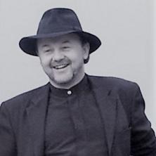 Alleinunterhalter-Musiker DJ Bayern - Party-DJ im Raum Bayern und Österreich für Hochzeit, Geburtstag, Fir