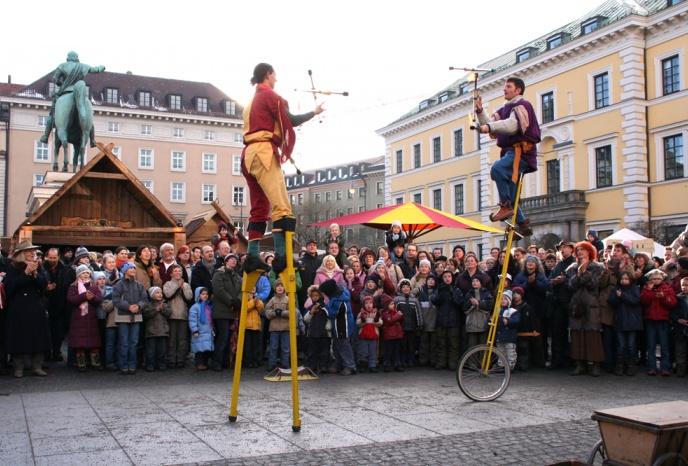 Unterhaltungskünstler München Gauklerteich