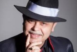 Alleinunterhalterer Franco Moreno / Deutsch, Italienisch, Englisch