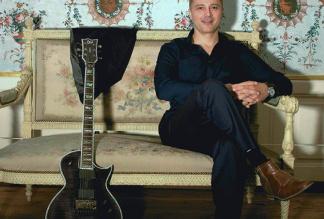 Robbie Martin - Singer, Musician & DJ