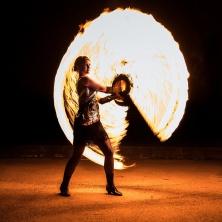 Unterhaltungskünstler Feenfeuer - Feuershow, Feuertanz, LED Show, Hochstelzen, WalkActs