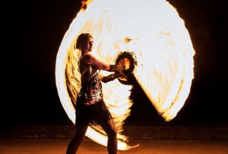 Feenfeuer - Feuershow, Feuertanz, LED Show, Hochstelzen, WalkActs