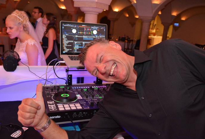 Dj buchen Augsburg DJ Frankie