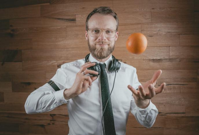 Firmenfeier Leipzig Greg Oorange . DJ für nachhaltige Events